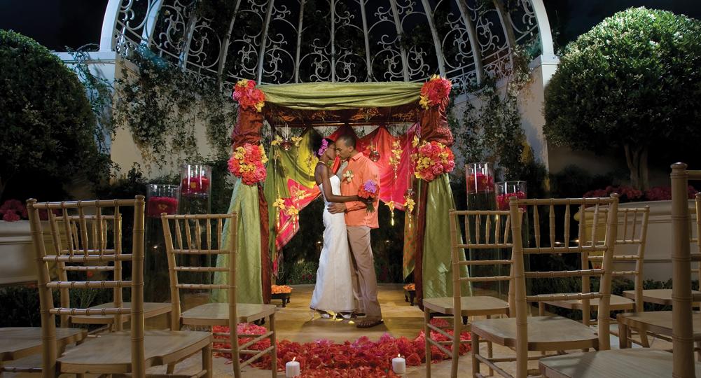 Looking For Best Wedding Venues In Las Vegas Contact Vegas Weddings