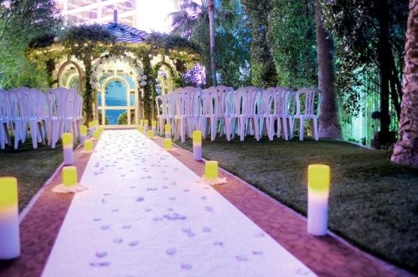 If You Plan Your Dream Wedding In Las Vegas, Flamingo Will