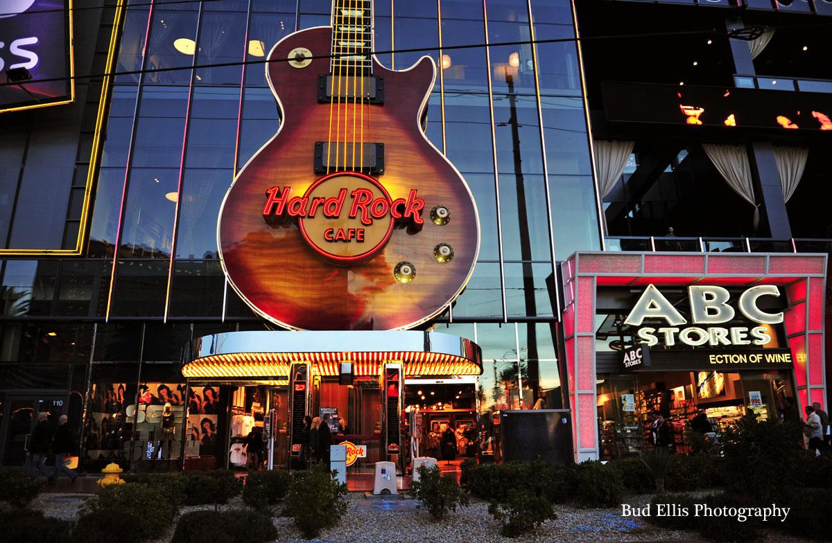 Hard Rock Cafe Charm