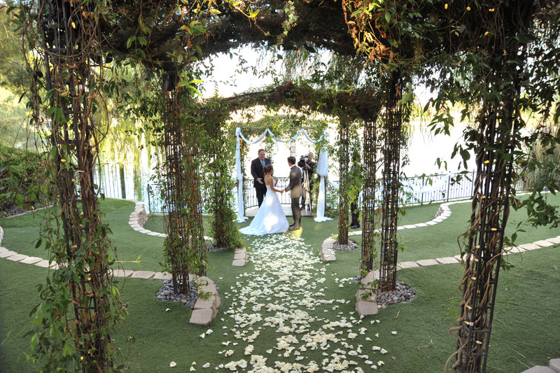 Interested in outdoor vegas weddings check venues from for Outdoor vegas weddings